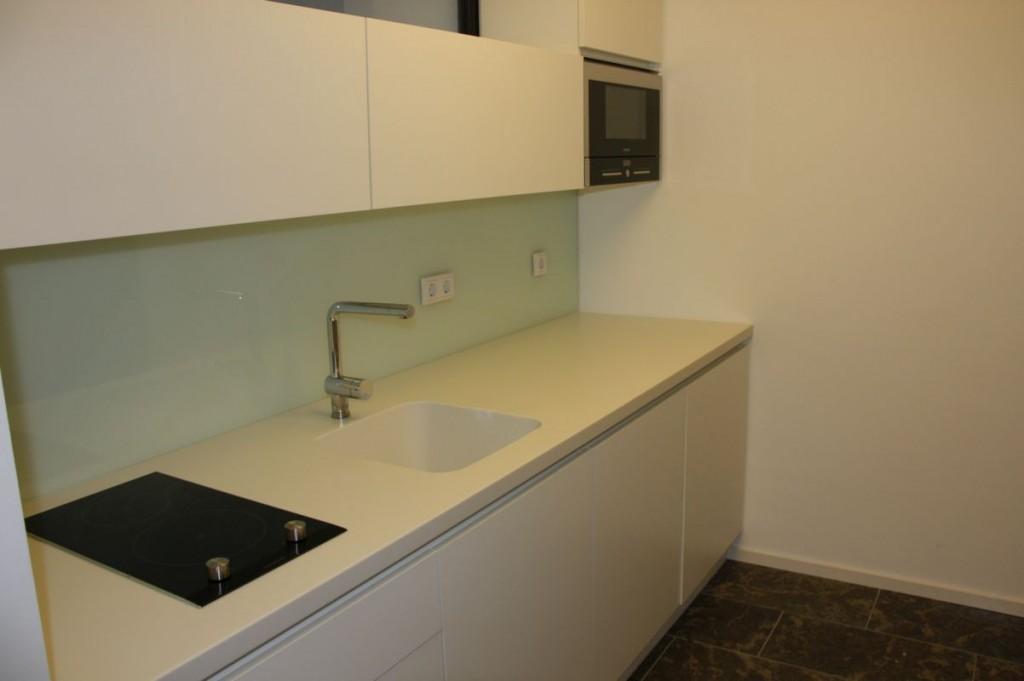 Corian Arbeitsplatte küche weiß grifflos, corian-arbeitsplatte, klein - schreinerei